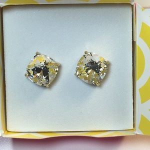 Origami Owl Clear Clara Earrings in gold NIP